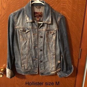 Hollister Jean Jacket Size Medium- Great Condition